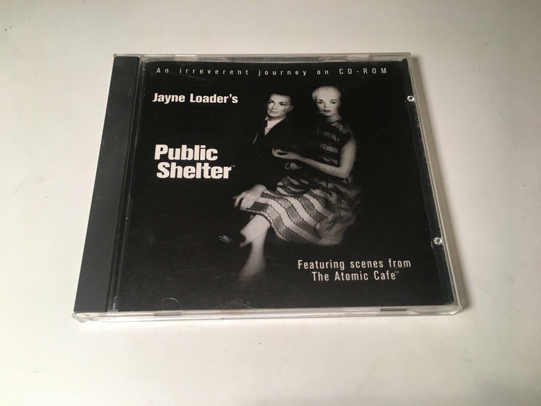 ©, Jayne Loader, Public Shelter