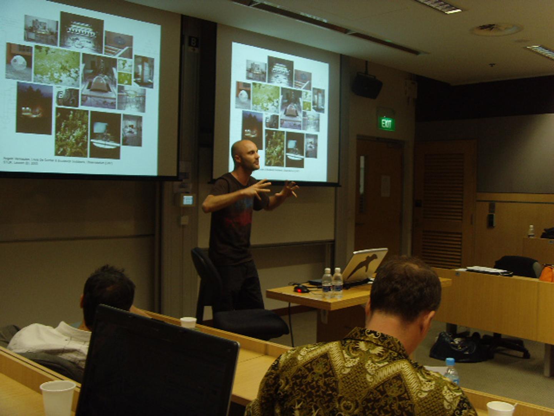 ©ISEA2008: 14th International Symposium on Electronic Art, Angelo C.J. Vermeulen, Biomodd: A Living Game Computer As Social Sculpture