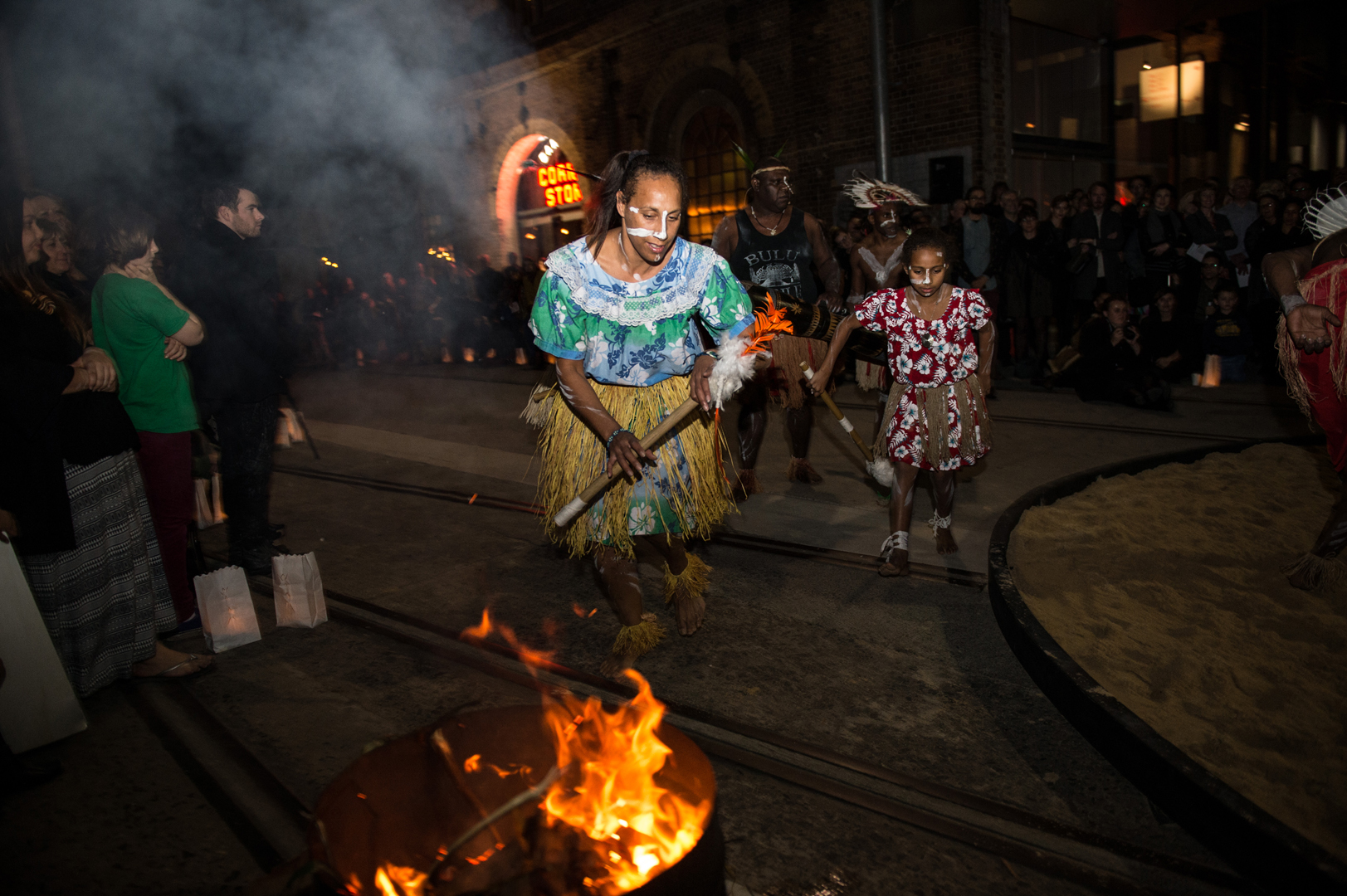 ©, Indigenous Australian Dance Group, Opening Ceremony outside Carriageworks