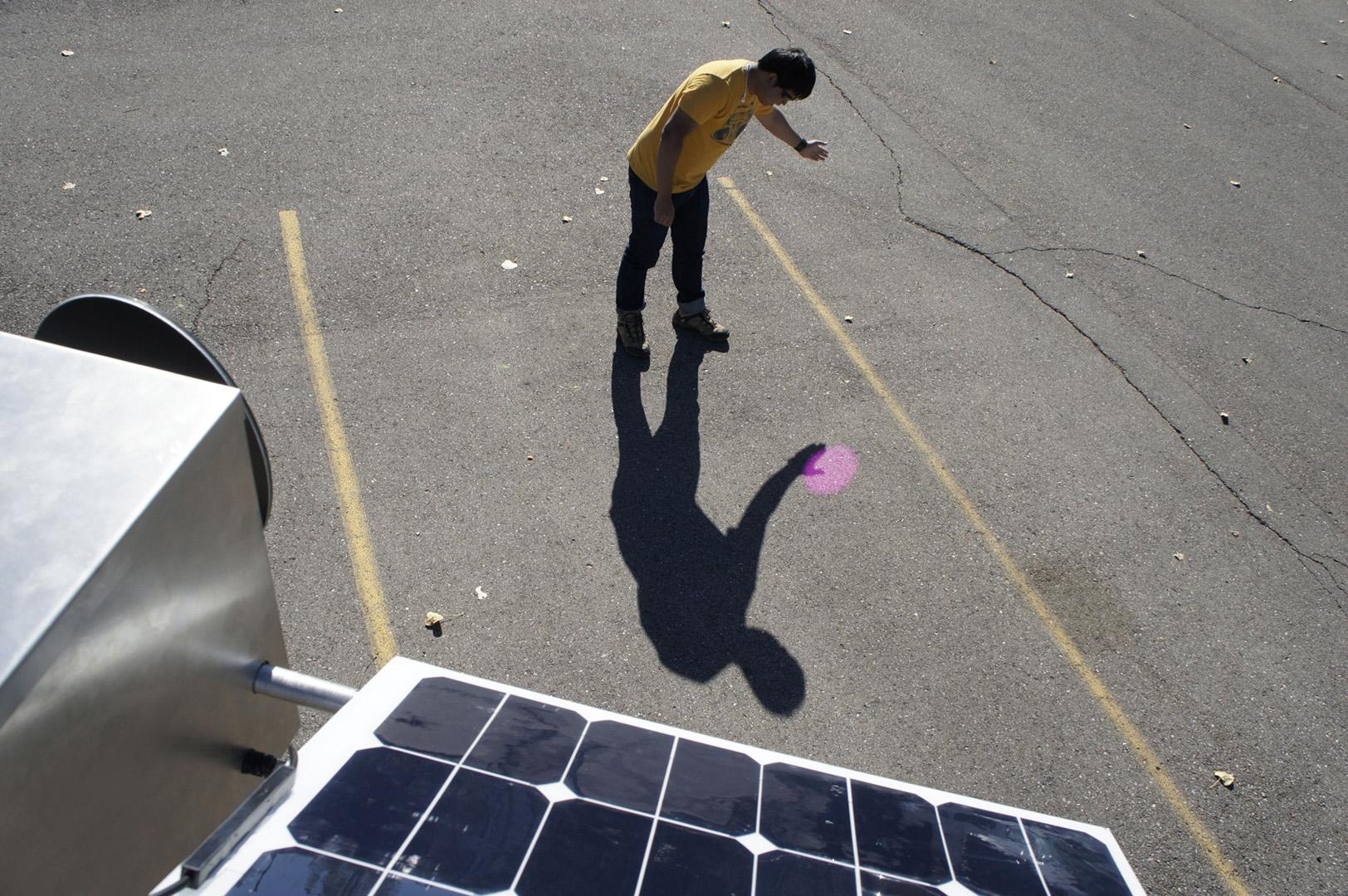©, Roland Graf, Solar Pink Pong Street Video Game