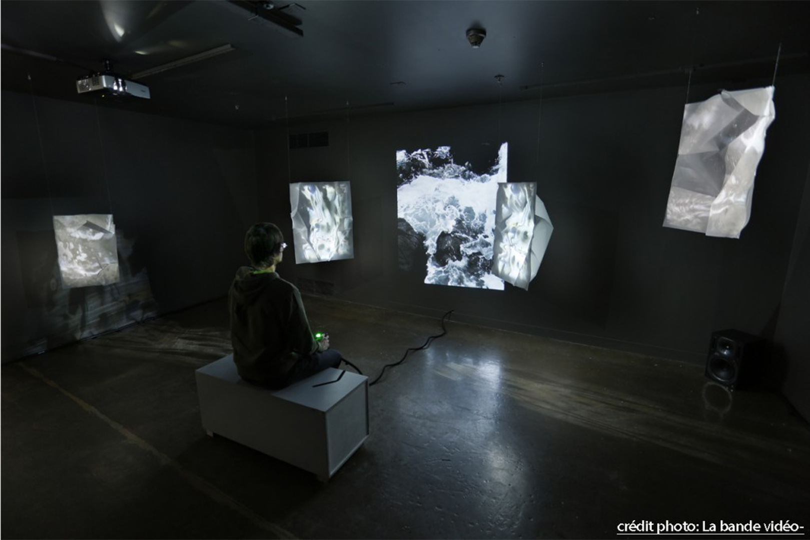 ©ISEA2015: 21st International Symposium on Electronic Art, Cynthia Naggar, They watched the sea! (ils ont regardé la mer!)