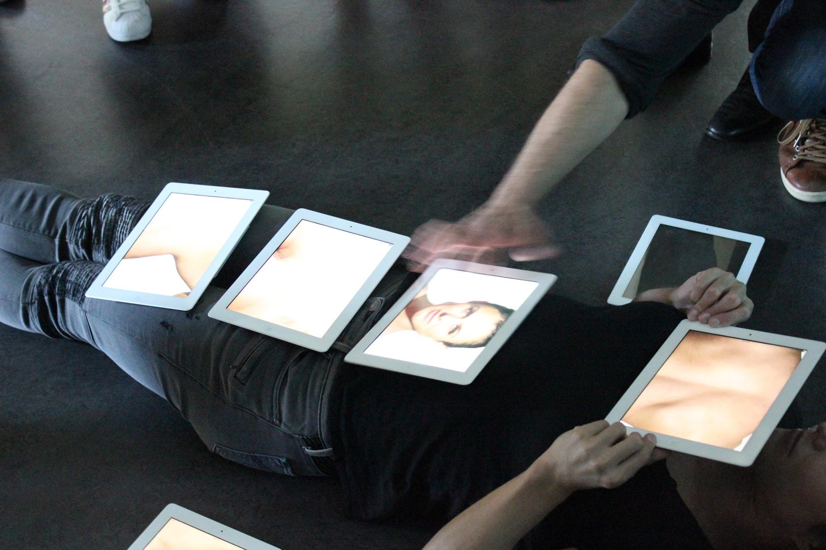 ©2015, Paul Wong and Patrick Daggitt, MIMMiC (Mobile Interactive Modular Multi-screen iPad Canvas)