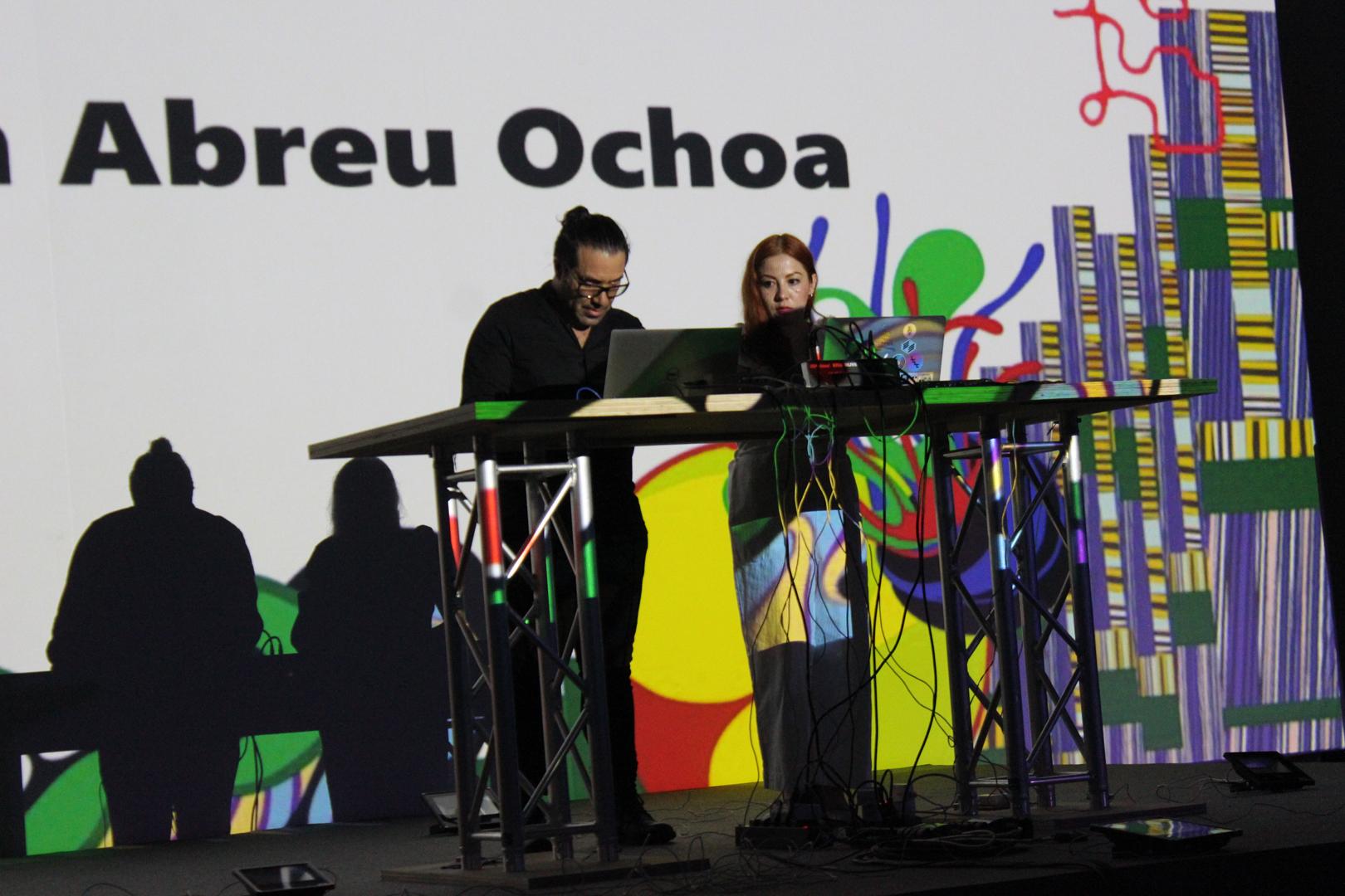 ©, Ivan Abreu and Malitzin Cortés (CNDSD), Coding In Atypical Places